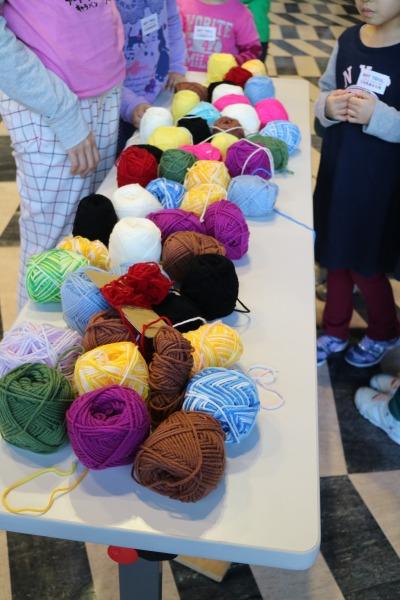 色とりどりの毛糸