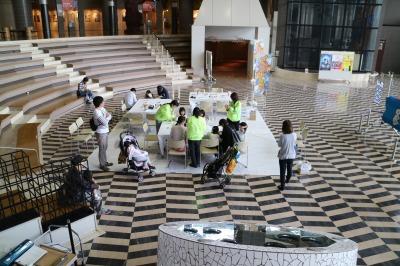 うちわで鯉のぼり作りが開催されていた「逍遥展示空間」