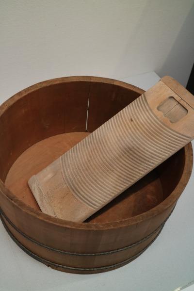 洗濯機の歴史を追って、洗濯板