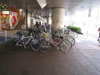 JR武蔵中原駅前歩道橋下の現況