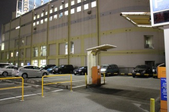 閉鎖される駐車場
