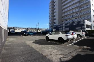 閉鎖された駐車場