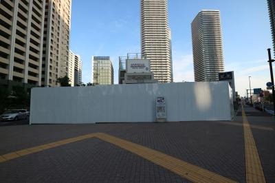 ビル建設地と周囲の高層マンション
