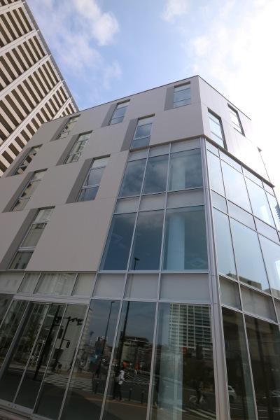 5階建てのビル