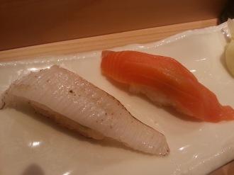「えんがわ炙り」(200円)、「サーモン」(150円)