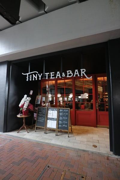 「TINY TEA & BAR」