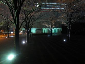 NEC玉川ルネッサンスシティ前の広場