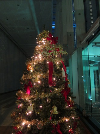 NEC玉川ルネッサンスシティホールのクリスマスツリー