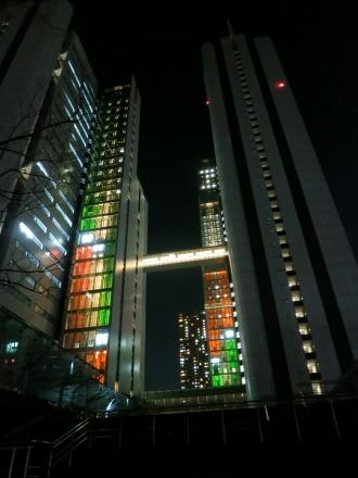 NEC玉川ルネッサンスシティのクリスマスイルミネーション