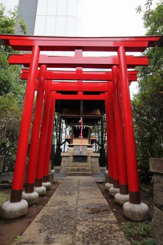 日電玉川稲荷神社の鳥居