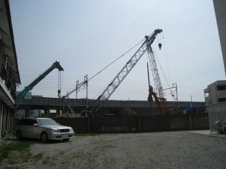 工事現場のクレーン