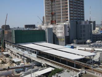 東急武蔵小杉駅ビルと西街区(エクラスタワー)商業施設