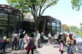 動物園内の展示エリア