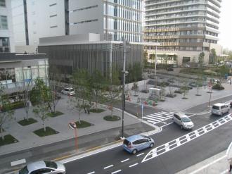 野村不動産武蔵小杉ビルとシティハウスの公開空地