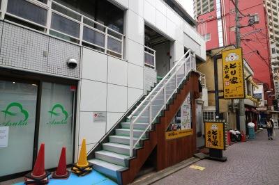 「(仮称)武蔵小杉小児科」への外階段