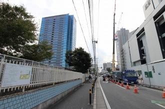 再開発が行われる日本医科大学武蔵小杉病院と大西学園