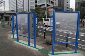 横須賀線武蔵小杉駅ロータリーの指定喫煙所