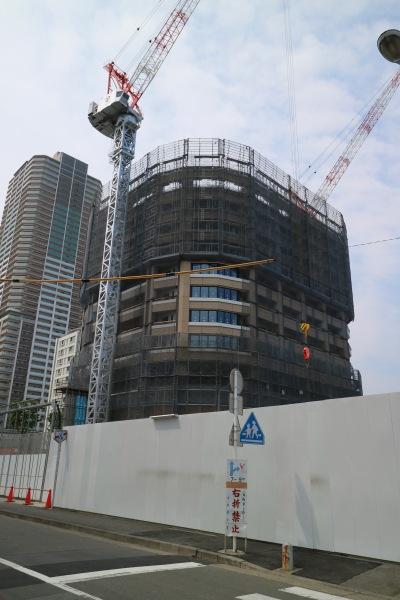 建設が進む「タワーズイースト」