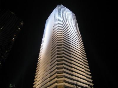 ザ・クラッシィタワーのライトアップ