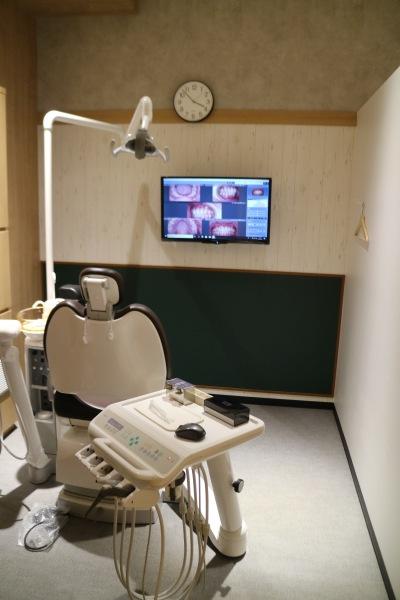 デザインが異なる個室の診察室