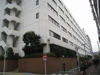 隣接するNEC小杉ビル(現在は空きビル)