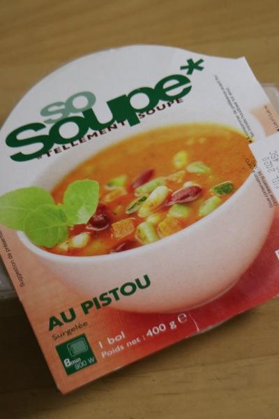 バジル風味の野菜スープ