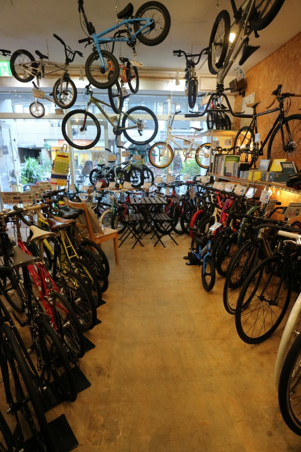 Bicycle Shop Pinoの店内