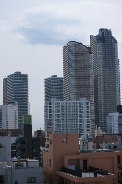 屋上テラスから見える武蔵小杉方面の風景