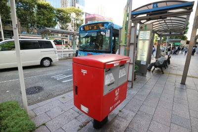 武蔵小杉駅北口の郵便ポスト