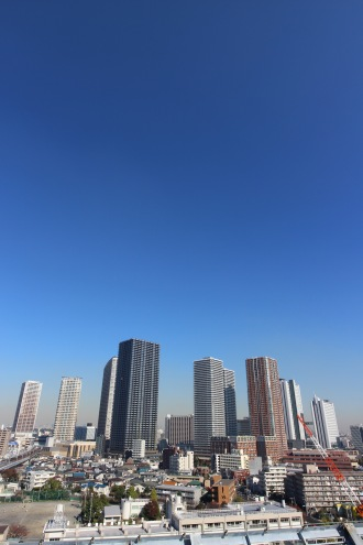 見学ツアー 屋上ヘリポートから見た武蔵小杉方面