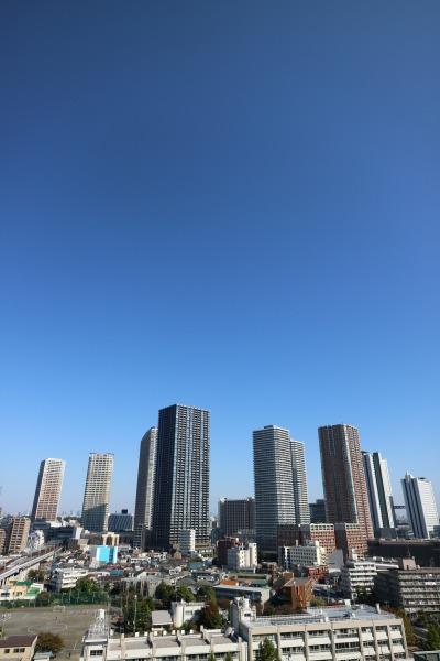 関東労災病院屋上ヘリポートから見た武蔵小杉の高層ビル群