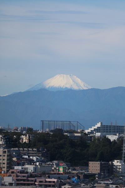 屋上ヘリポートから見た富士山