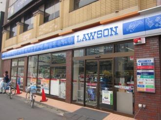 藤子・F・不二雄プロとのコラボによるローソン宿河原駅前店