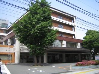 グラウンドに移転する日本医科大学付属武蔵小杉病院