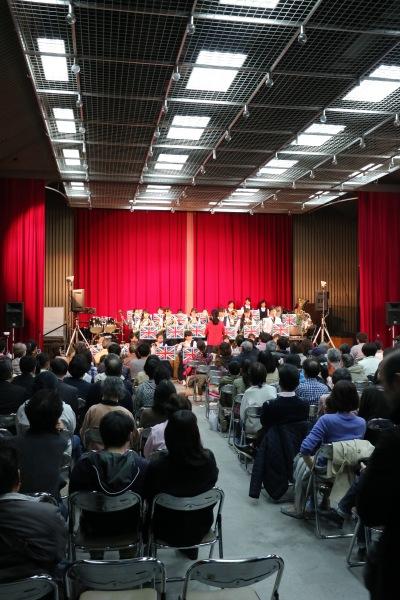 総合自治会館内ステージ