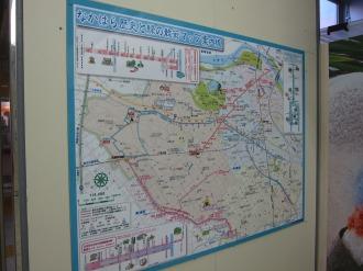 武蔵中原駅に掲示されている「歴史と緑の散策マップ」
