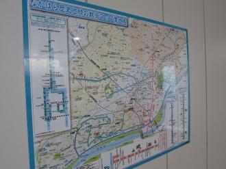 横須賀線武蔵小杉駅に掲示されている「歴史と緑の散策マップ」