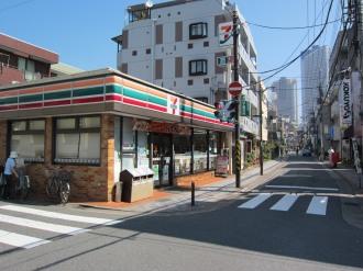 サライ通りの「セブンイレブン川崎今井南町店」