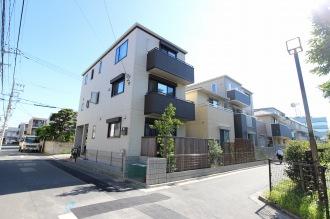 「新生寮」跡地の戸建て住宅(現在)