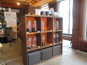 店内のコーヒー豆販売