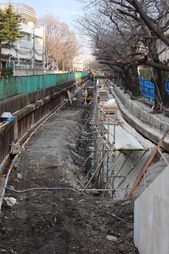 渋川の遊歩道整備工事