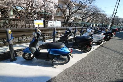 機械式バイク駐車場の整備