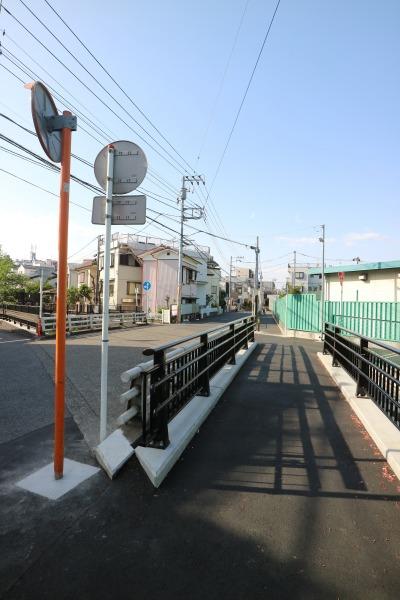 櫓橋に拡張された歩道
