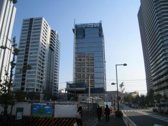 (仮称)武蔵小杉新駅前ビル北棟の北側(10月中旬)