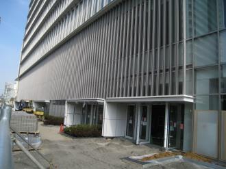 商業スペースの出入口