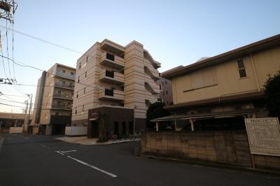 ステーションフォレストタワー隣接の低層住宅地
