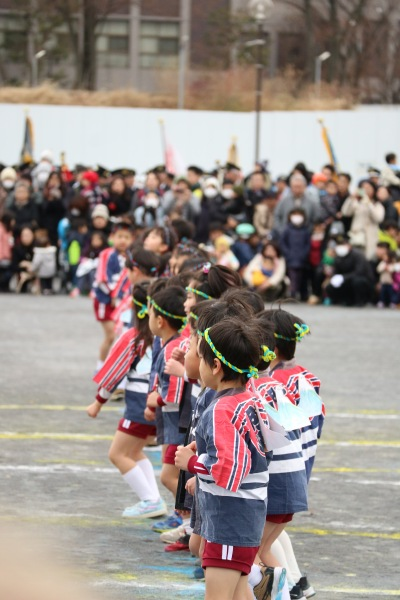 平間幼稚園幼年消防クラブの演技