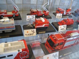 日本の消防車のミニカー