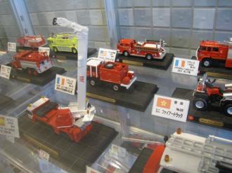 世界の消防車のミニカー