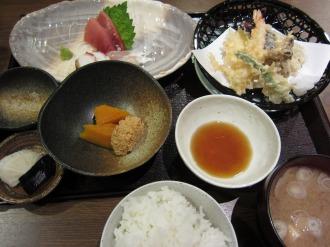 天ぷらとお刺身の盛り合わせ定食